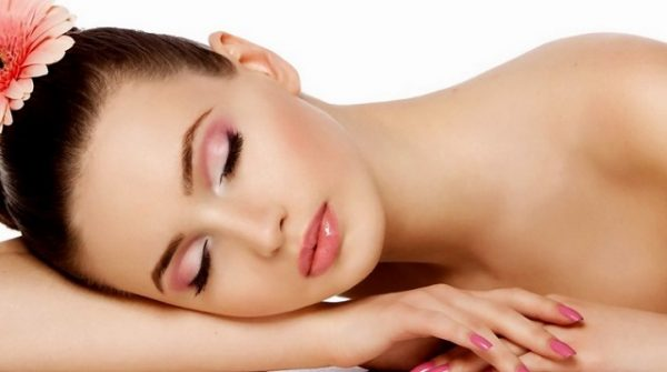 bellezza viso needling cosmetico